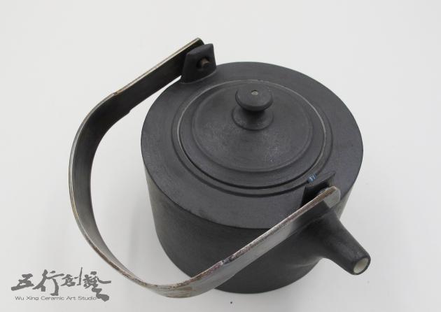 提把黑茶壺(2) 4
