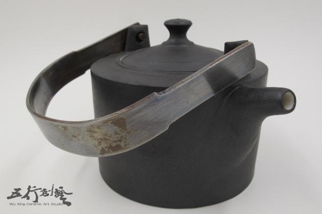 提把黑茶壺(2) 1